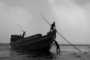 03_fishemen of Padma River_Black n White_Photo_Landscape_Portrait_Noor Alam_Dhaka_Bangladesh